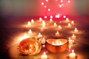 candles-2000135_960_720