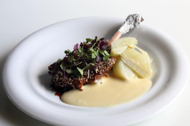 Rist. La Montecchia-Coscia d'oca croccante con semi germogli e finocchi allo zenzero