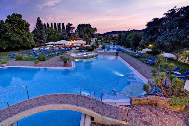 esterno_piscina_4