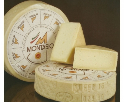 montasio-dop.www.labasilicadisanformaggio.it